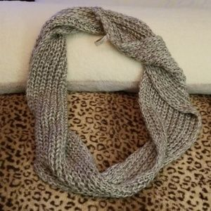 Ann Taylor LOFT Infiniti Knit Scarf